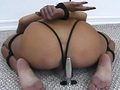 Very hot video of Brittanys fabulous feet, moans and struggles, with foot..