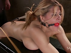 Carissa Montgomery comes in saying how much she loves tight bondage, so we..