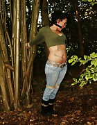 Dutch girl tied to tree, pic #12