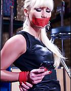 Lady in bondage, pic #5