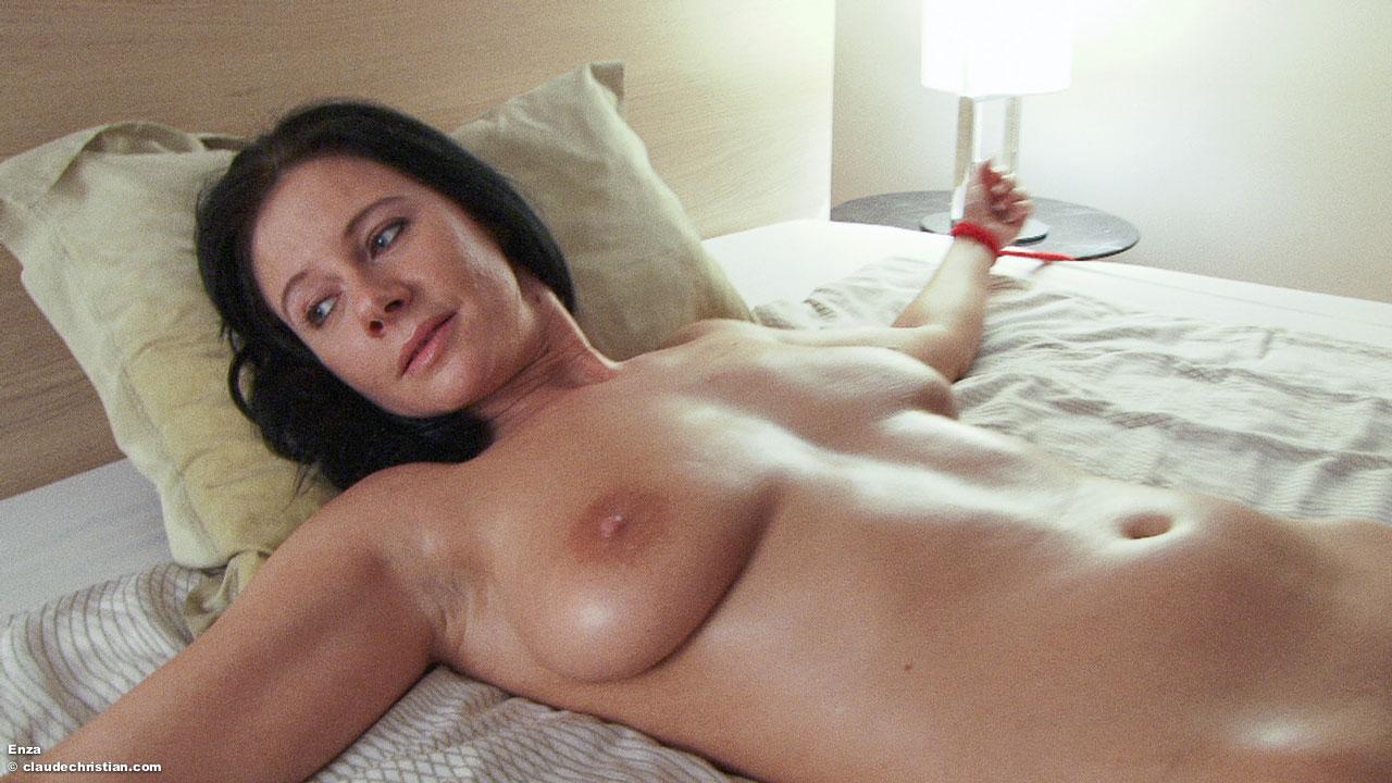 Nude enza Enza nude