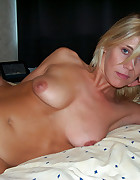 Mature woman tied and used, pic #3