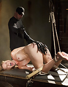 Mona Wales Punished, pic #7